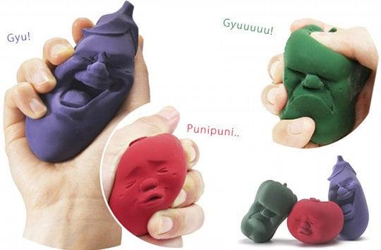 caomaru-vegetable-eggplant-tomato-green-pepper-stress-balls-4.jpg