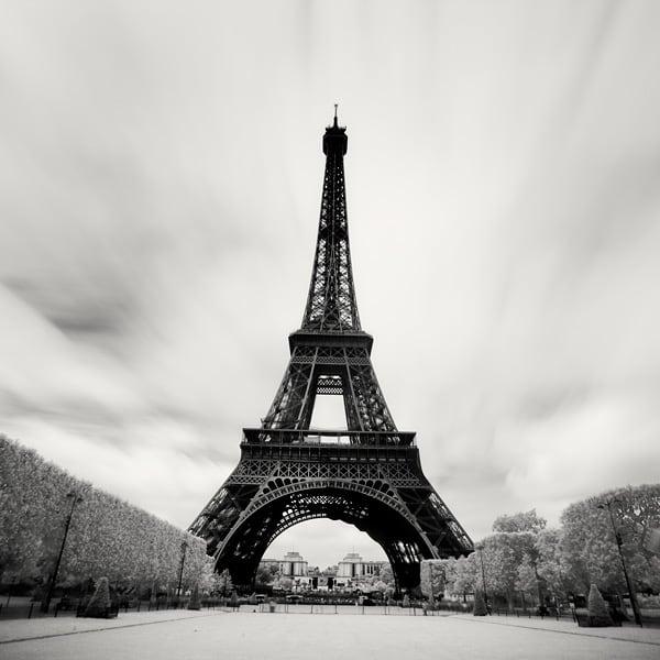 martin_stavars-_megalopolis_paris06.jpg