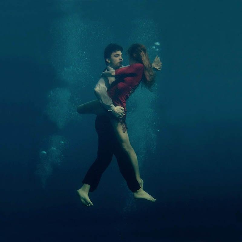753 Танго под водой