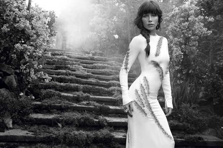 Jessica-Biel-by-Dusan-Reljin-Love-In-Bloom---US-InStyle-August-2012-6