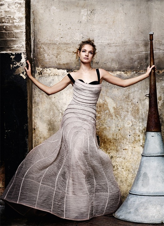 Vogue-UK-May-2009-State-of-Grace4