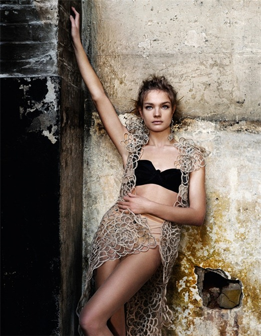 Vogue-UK-May-2009-State-of-Grace6