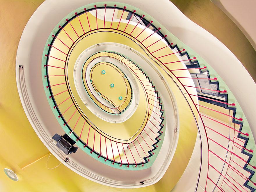spiralstairs (20)