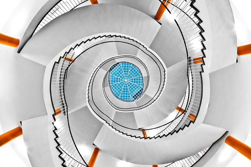 spiralstairs (3)