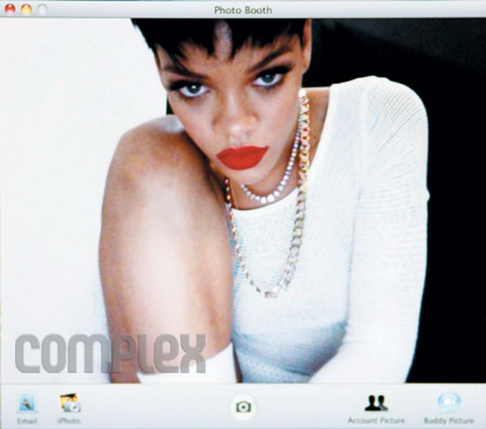 RihannaComplexMagazine14