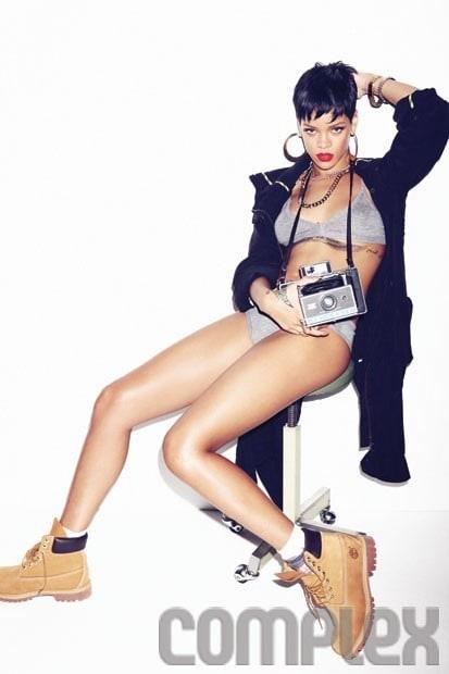 Rihanna-22
