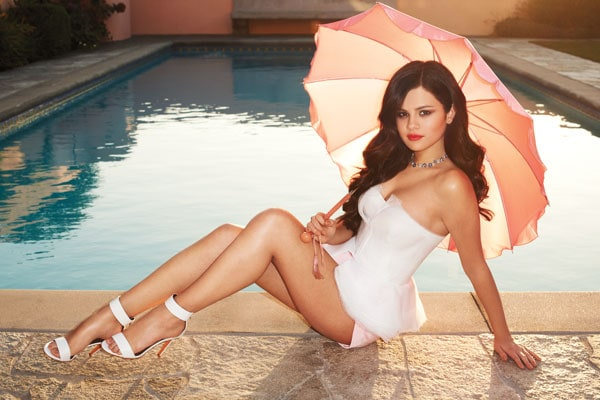 Selena-Gomez-Harpers-Bazaar-US-April-2013-06