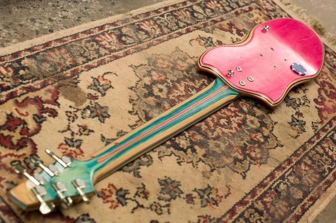 skate_guitar09