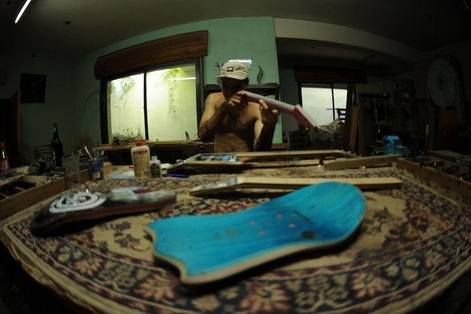 skate_guitar12