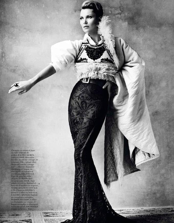 Kate-Moss-Mario-Testino-Vogue-Paris-03