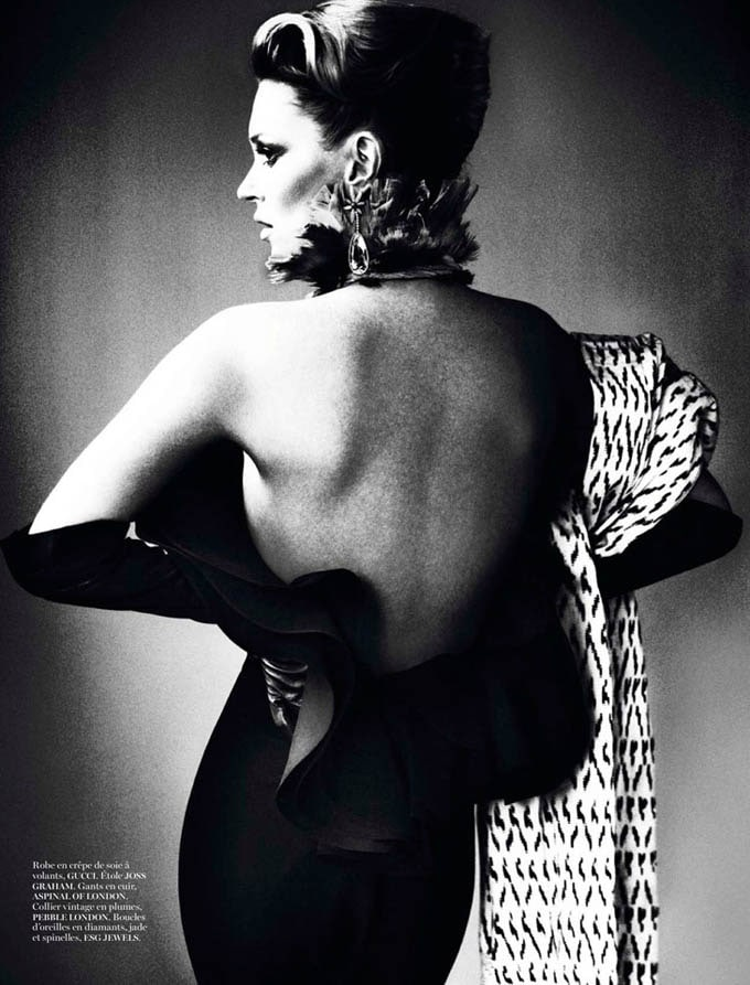 Kate-Moss-Mario-Testino-Vogue-Paris-11