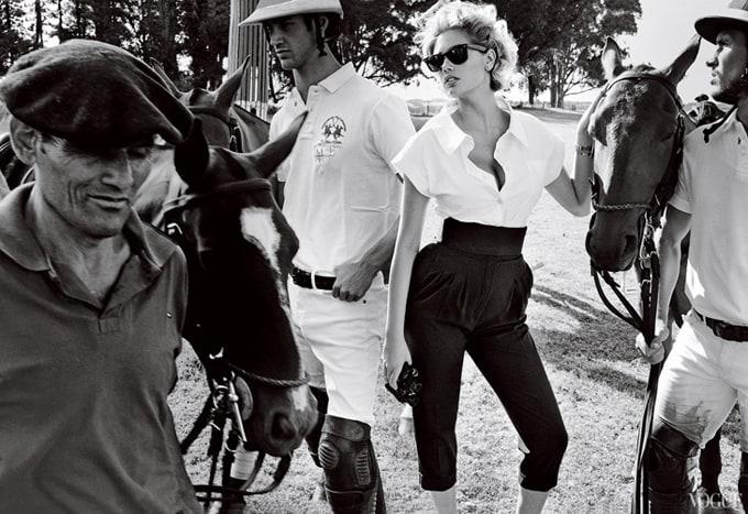 Kate-Upton-Vogue-US-Mario-Testino-10