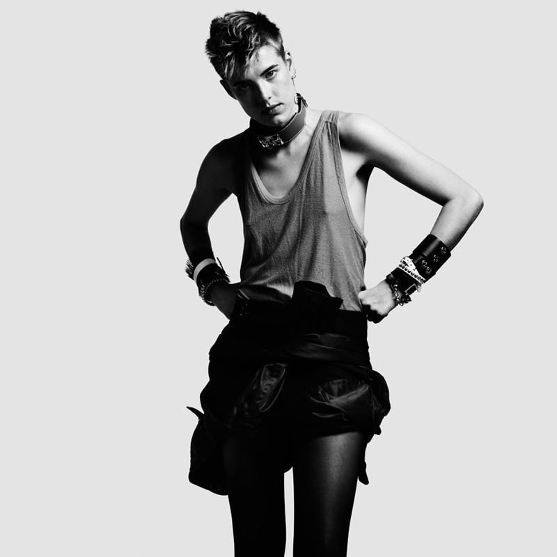 Agyness-Deyn-by-Hedi-Slimane-for-Vogue-China-DesignSceneNet-01