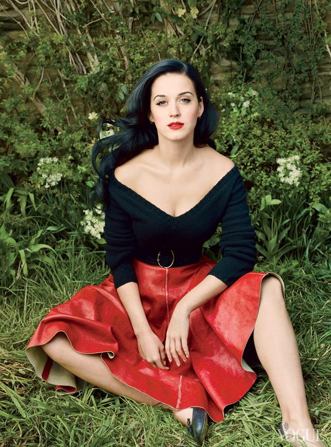 Katy-Perry-Vogue-US-Annie-Leibovitz-04