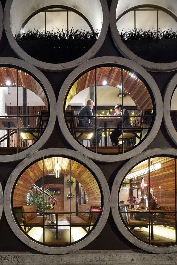 Prahran-Hotel-Melbourne-Australia-yatzer-4