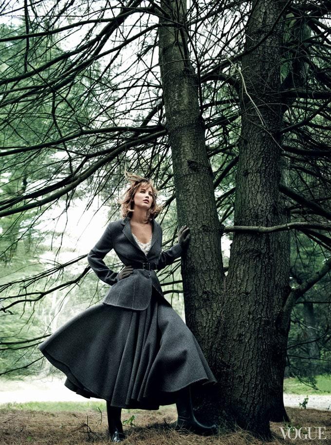 Jennifer-Lawrence-Vogue-US-Mario-Testino-03