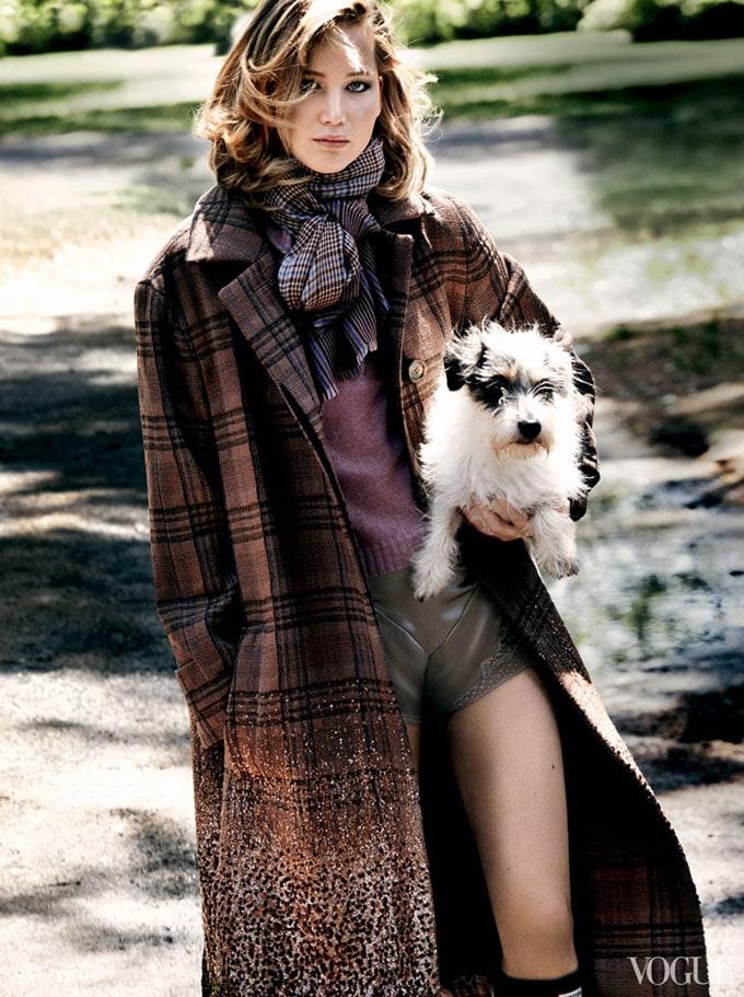 Jennifer-Lawrence-Vogue-US-Mario-Testino-05