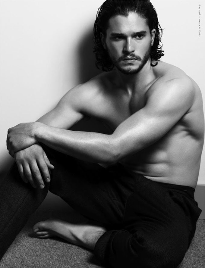 Kit-Harington-Wonderland-Cuneyt-Akeroglu-04