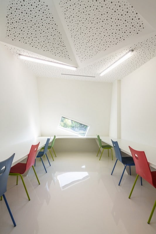 Mulhouse-Cultural-Center-640x970