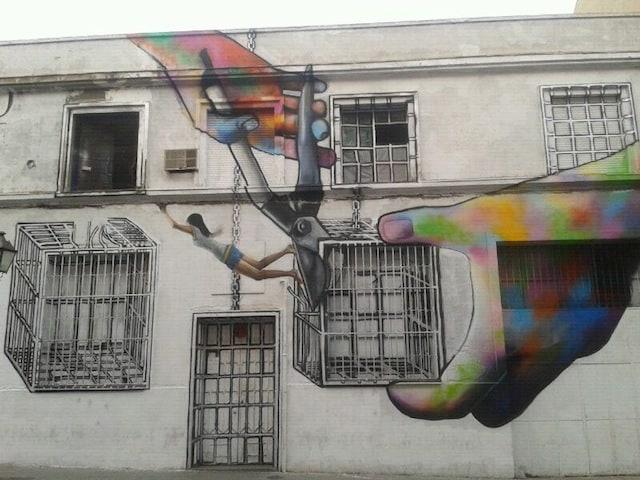 Street-Art-by-Diana-Guido-in-Madrid-Spain