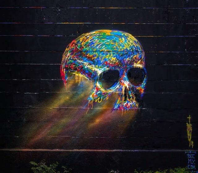 Street-Art-by-txemy-in-Barcelona-Spain