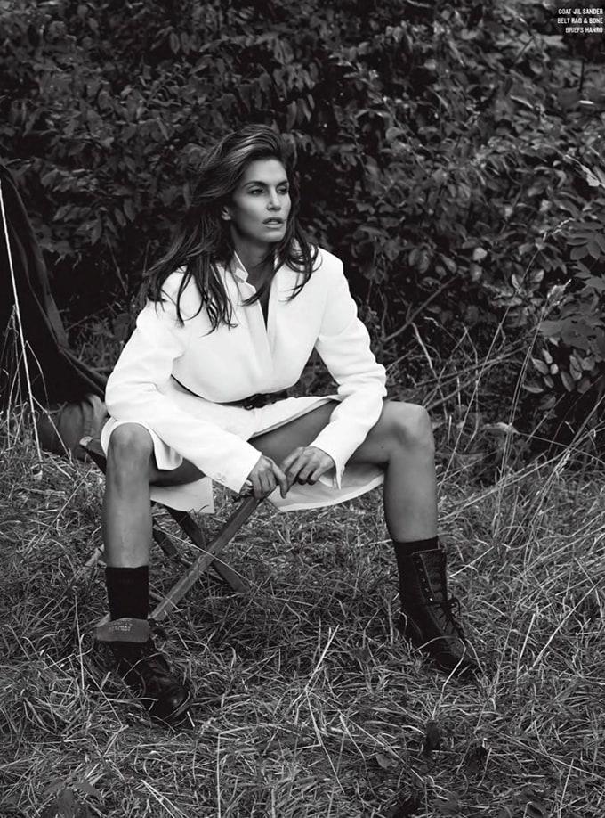 Cindy-Crawford-V-Magazine-Sebastian-Faena-03
