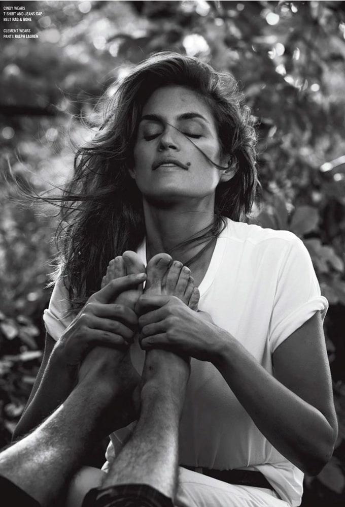 Cindy-Crawford-V-Magazine-Sebastian-Faena-04