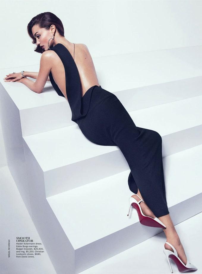 Miranda-Kerr-Vogue-Australia-Miguel-Reveriego-05