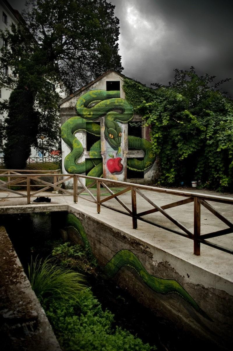 By-SOKRAM.-At-DESORDES-CREATIVAS-2012-in-Ordes-Galiza-Spain-5