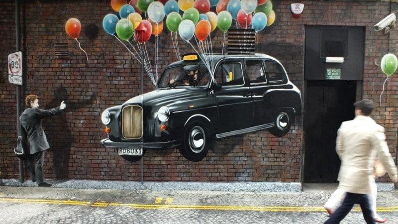 Street-Art-by-Rogue-one-in-Glasgow-Scotland