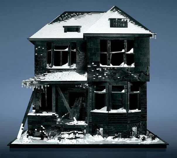 Abandoned-lego-house-2