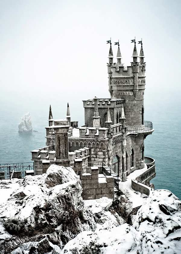 Castles-snow-19