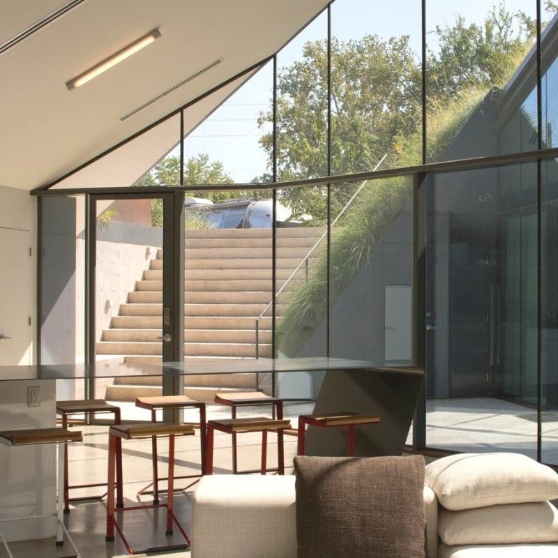 Contemporary-Design-Texas-09-910x910