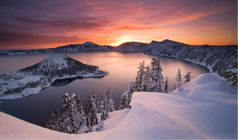Crater Lake Top 20 Earth Pictures found on StumbleUpon