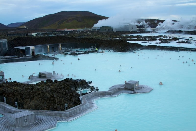 blue-lagoon-in-iceland-10