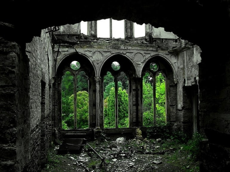 top 33 most beautiful abandoned places in the world 19 The 33 Most Beautiful Abandoned Places In The World
