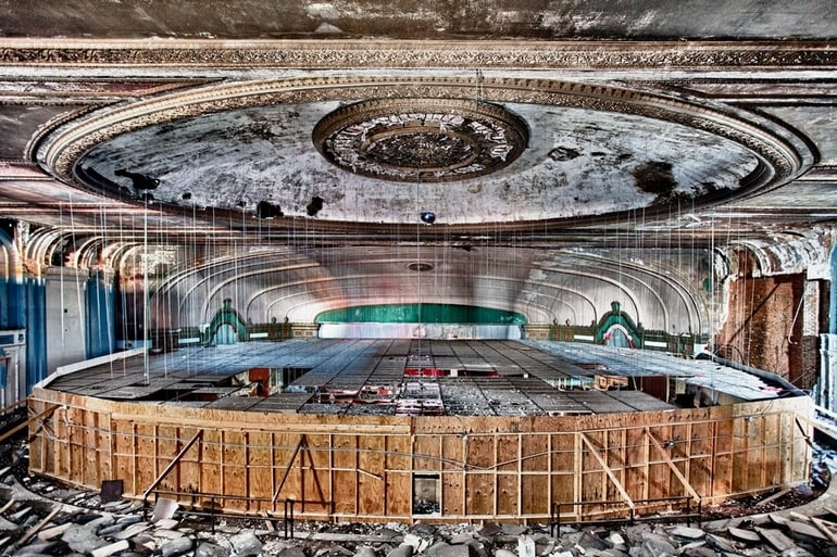 top 33 most beautiful abandoned places in the world 27 The 33 Most Beautiful Abandoned Places In The World