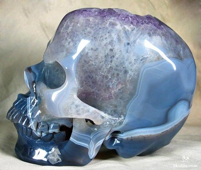 Geode-Agate-Crystal-Skull-05-640x542