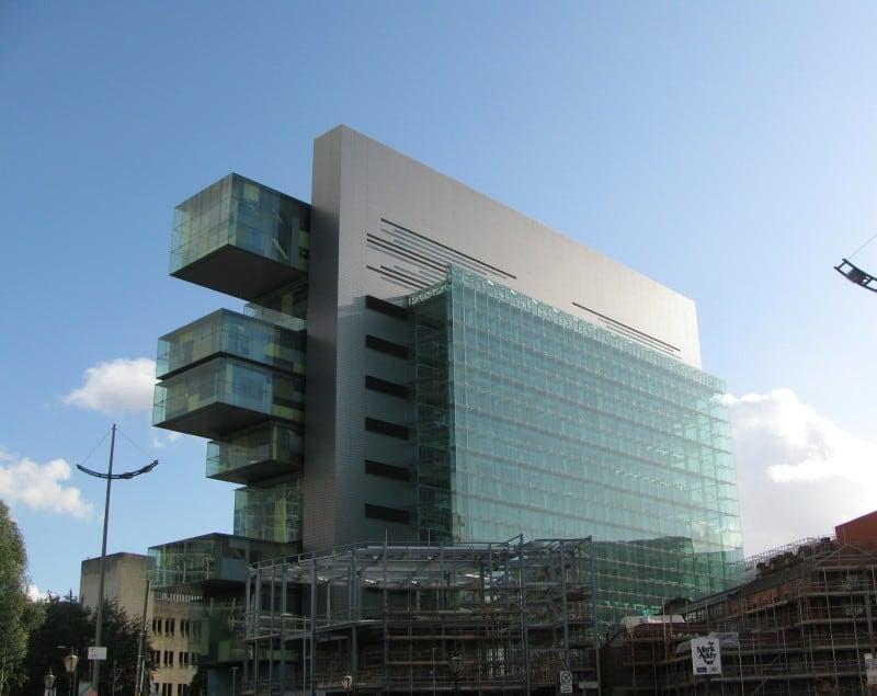 Manchester_Civil_Justice_Centre_from_Bridge_Street