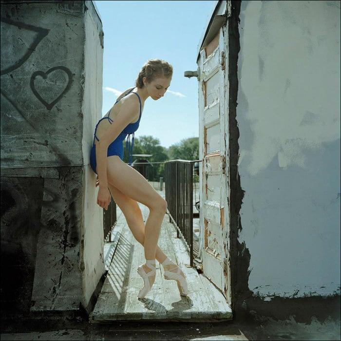 ballerinas_on_the_street_2