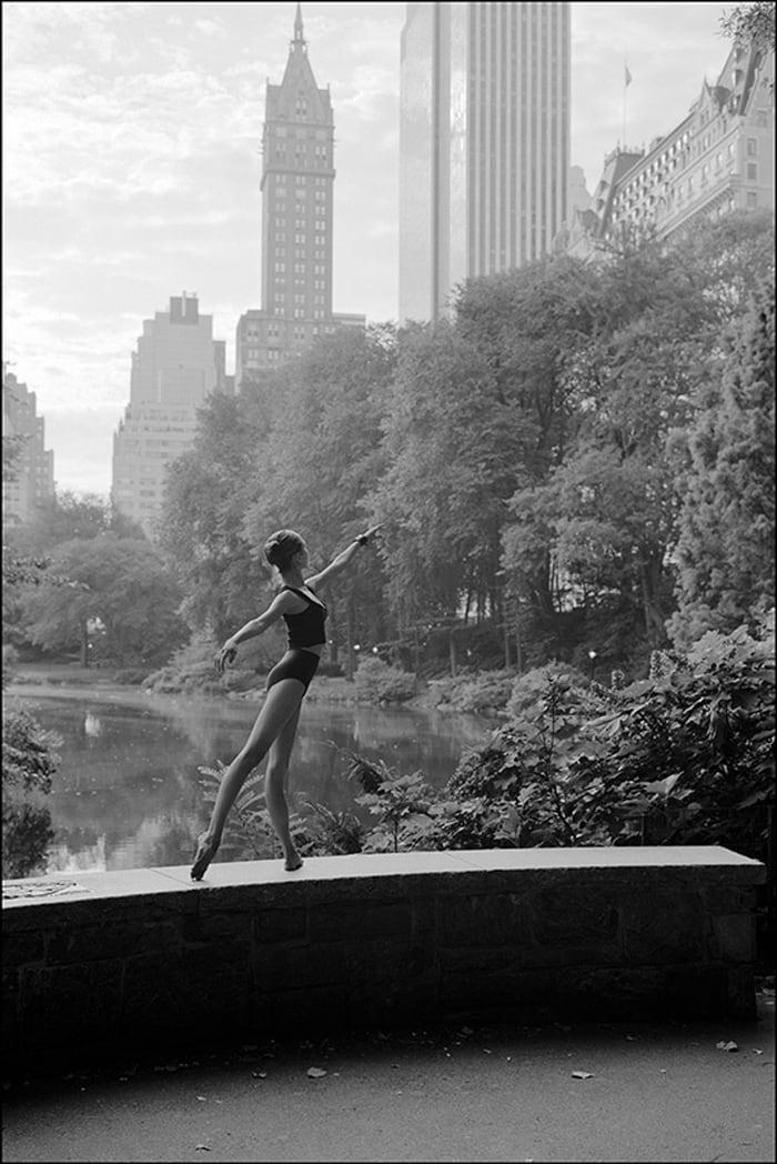 ballerinas_on_the_street_25