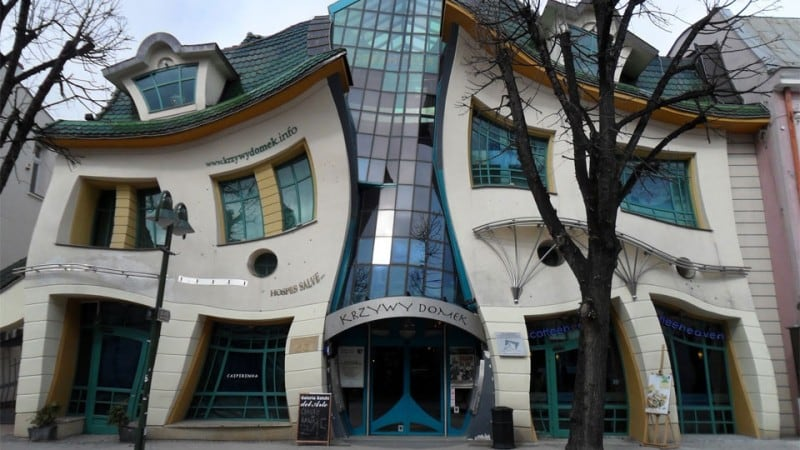 krzywy-domek-the-crooked-251
