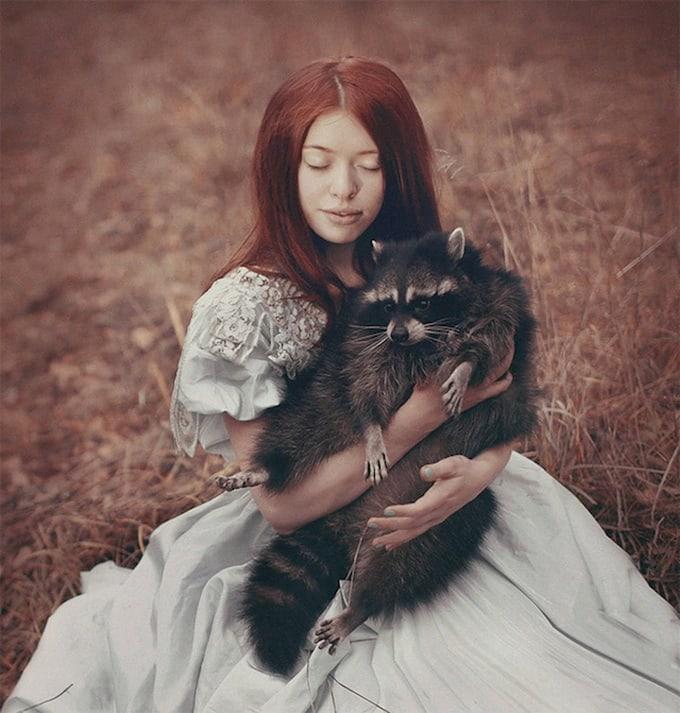 Photos-with-Real-Animals-by-Katerina-Plotnikova-6