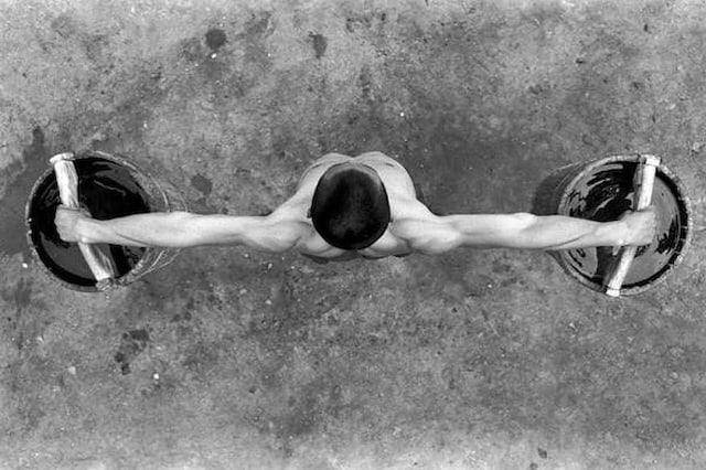 Shaolin-Monks-Training-Tomasz-Gudzowaty-0002
