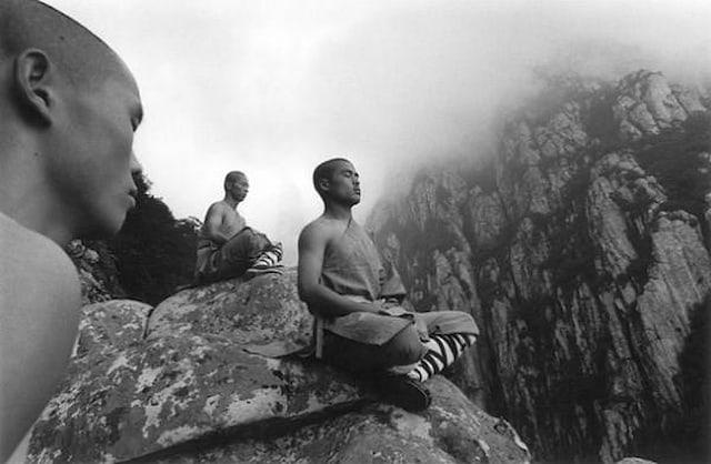 Shaolin-Monks-Training-Tomasz-Gudzowaty-0014
