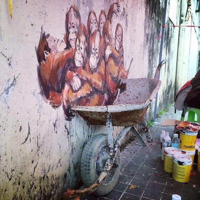 zacharevic_mural_penang_02