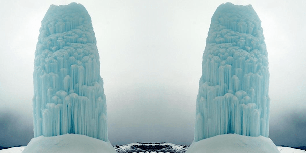 A+frozen+geyser.+This+could+be+the+coolest+picture+of+all+time.+-+The+30+Most+Amazing+Photos+Of+Frozen+Things+In+Honor+Of+The+Coldest+Morning+Of+The+21st+Century