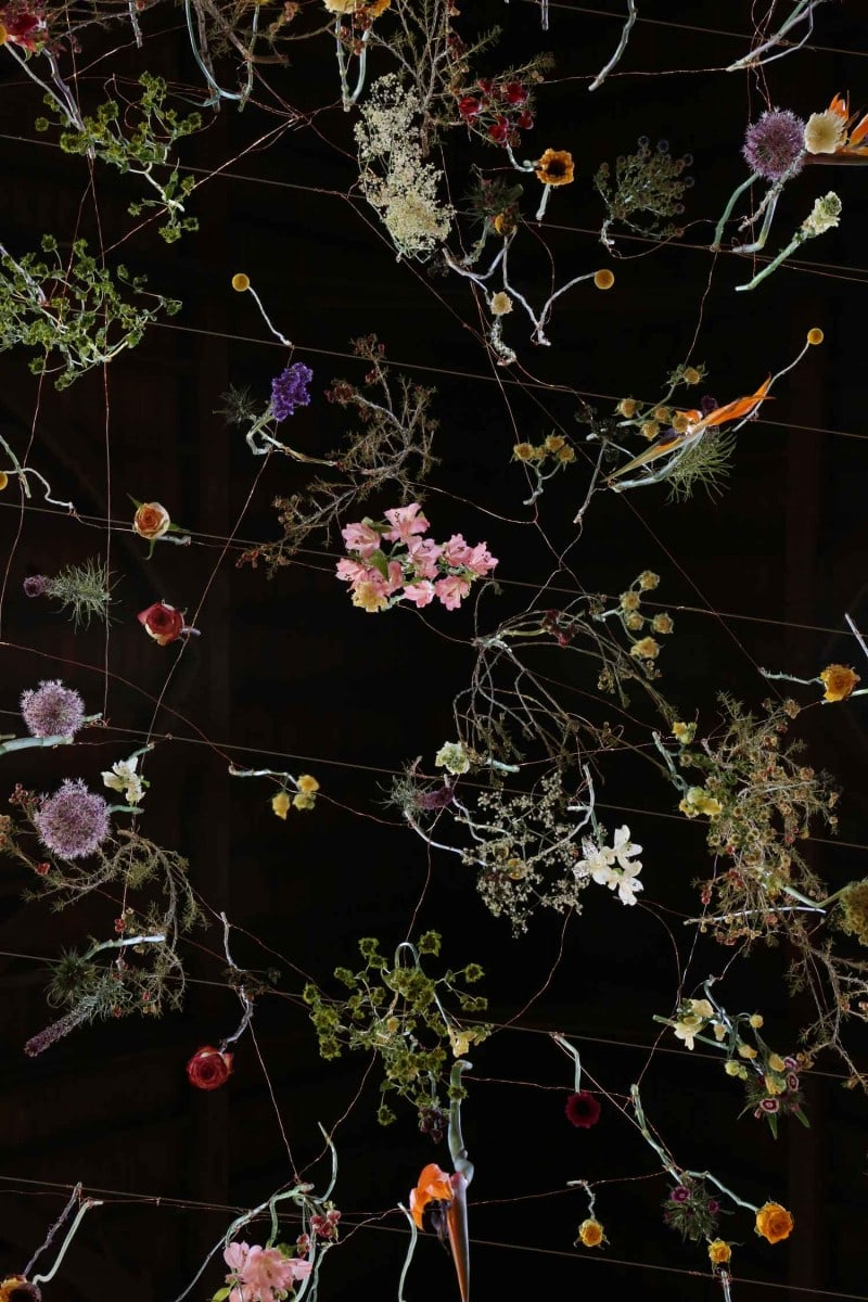 Floral-Art-The-Garden-Displayd-2014-by-Rebecca-Louise-Law-Yellowtrace-19