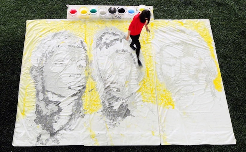 Portraits_of_World_Cup_Superstars_Painted_Only_By_Feet_and_Soccer_Ball_2014_03