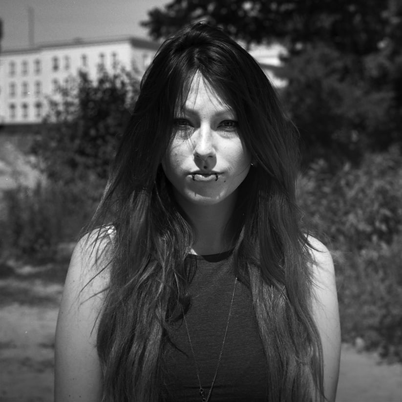 fertig_A_Series_of_Berghain_Portraits_by_Philipp_Pusch_2014_05